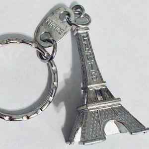 FREE W $10 PURCHASE Paris France Eiffel keychain